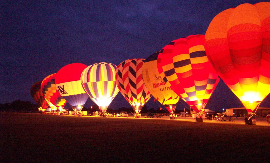 Huntington-Heritage-Days-Hot-Air-Balloon-Glow-launch-Festival-Indiana