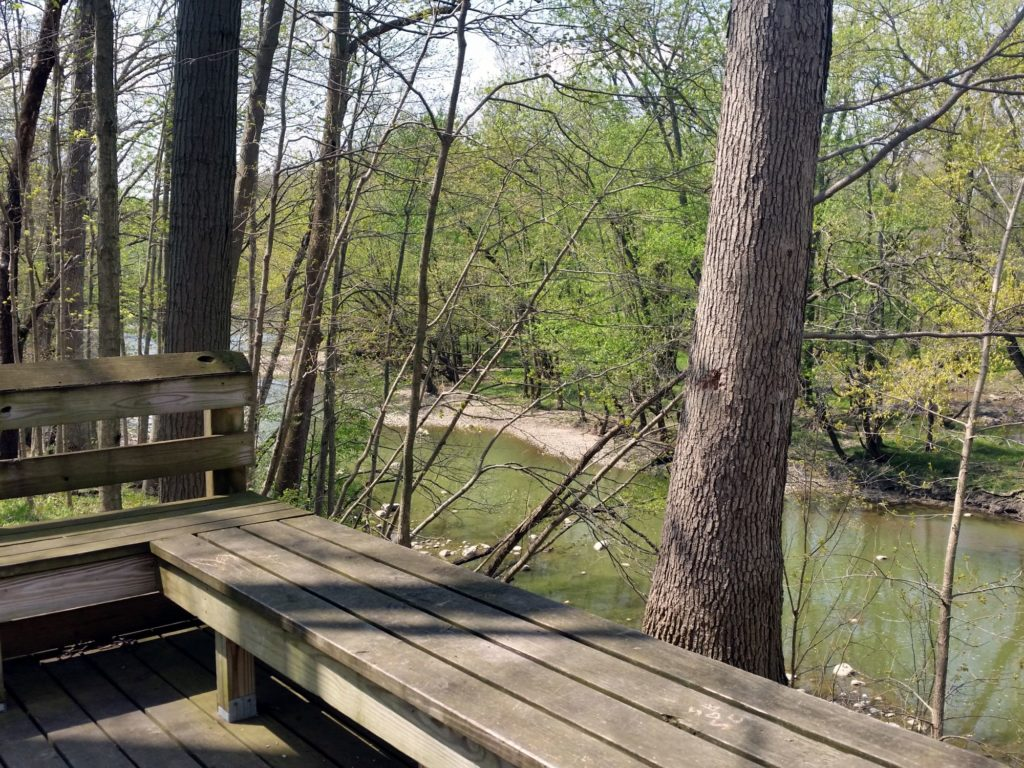 evergreen-park-trail-wabash-river-huntington-indiana