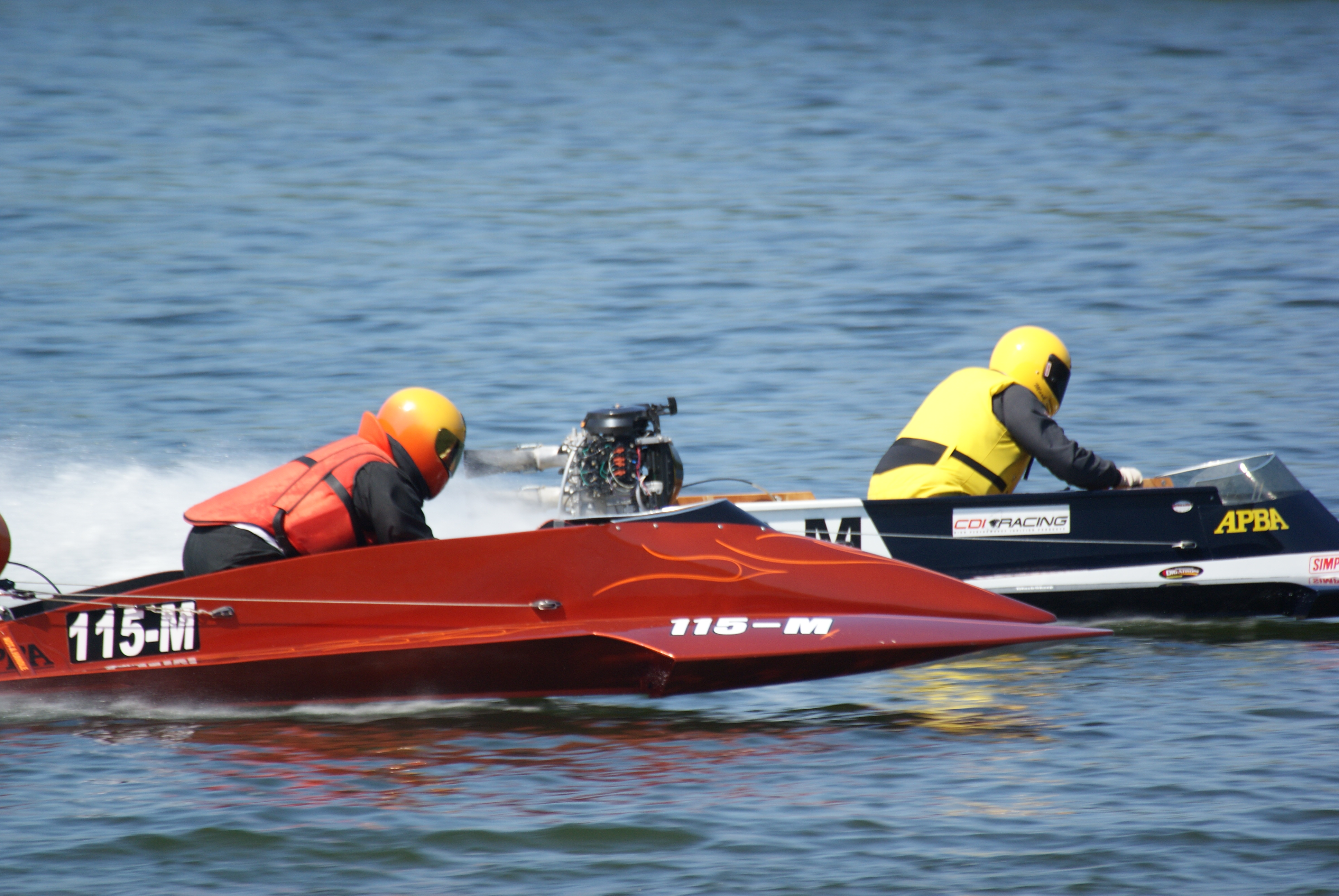 outboard-racing-lake-clare-boat-races-June-huntington-indiana